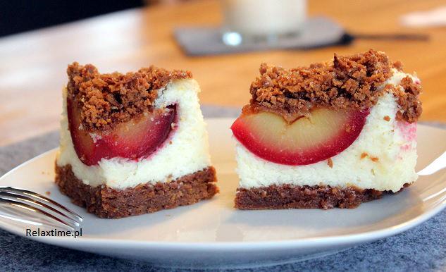 Ciasto kruche z masą z kaszy manny i śliwkami (7)