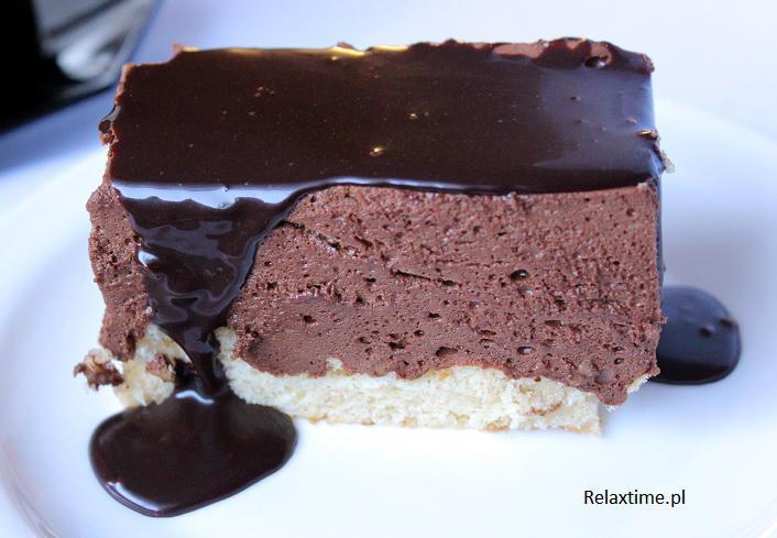 Torcik orzechowo-czekoladowy