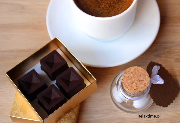 Pomysł na prezent - ręcznie robione czekoladki