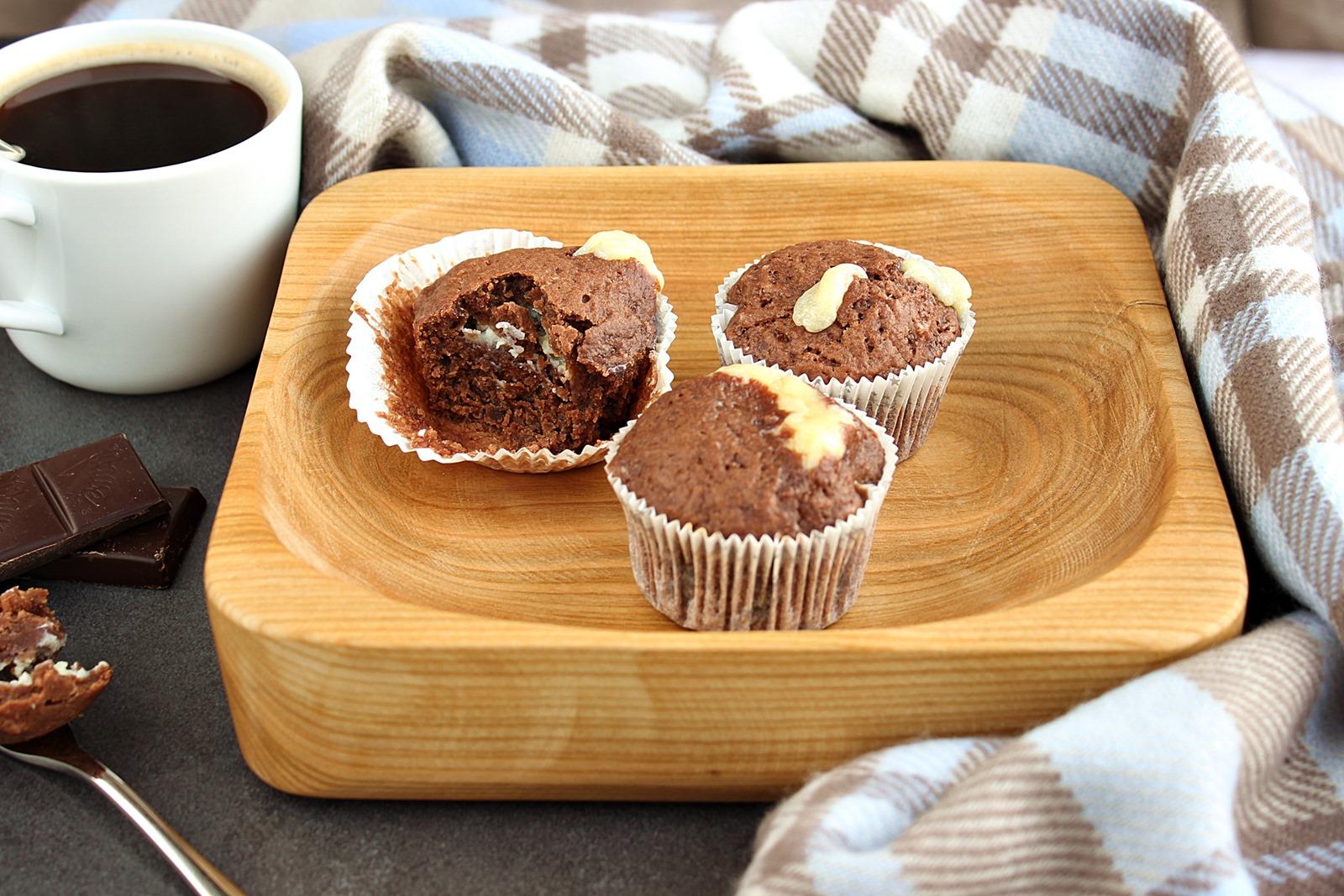Muffiny czekoladowe z serkiem mascarpone