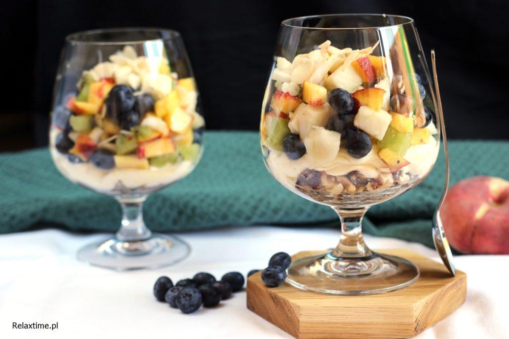 serniczek z owocami