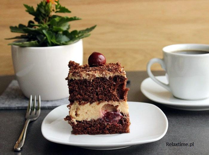 Ciasto chałwowe z wiśniami